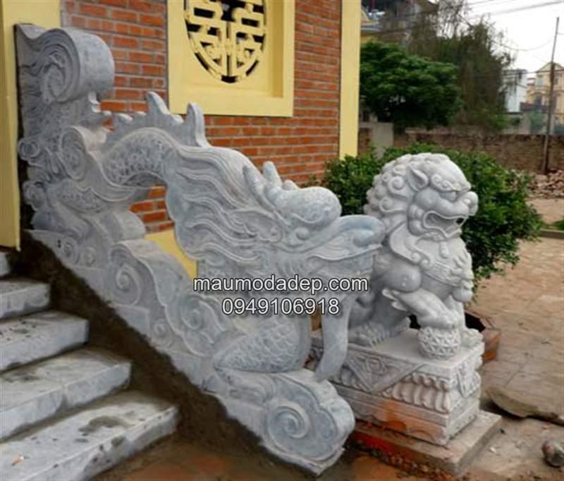 Rồng đá bậc thềm