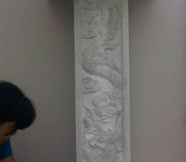 Mẫu bàn thờ thiên bằng đá trắng