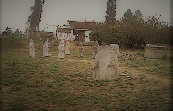 Khu lăng mộ đá cổ tại Nghệ An