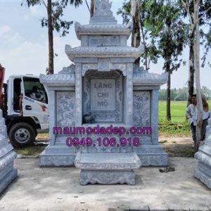 Lăng mộ đá đơn giản tại Hưng Yên
