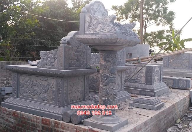 Mẫu bàn thờ lộ thiên bằng đá