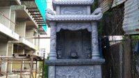 Mẫu am thờ thần linh thổ địa bằng đá
