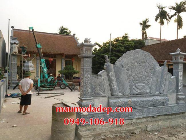 Xây dựng cột đồng trụ đá, bình phong đá nhà thờ họ 13