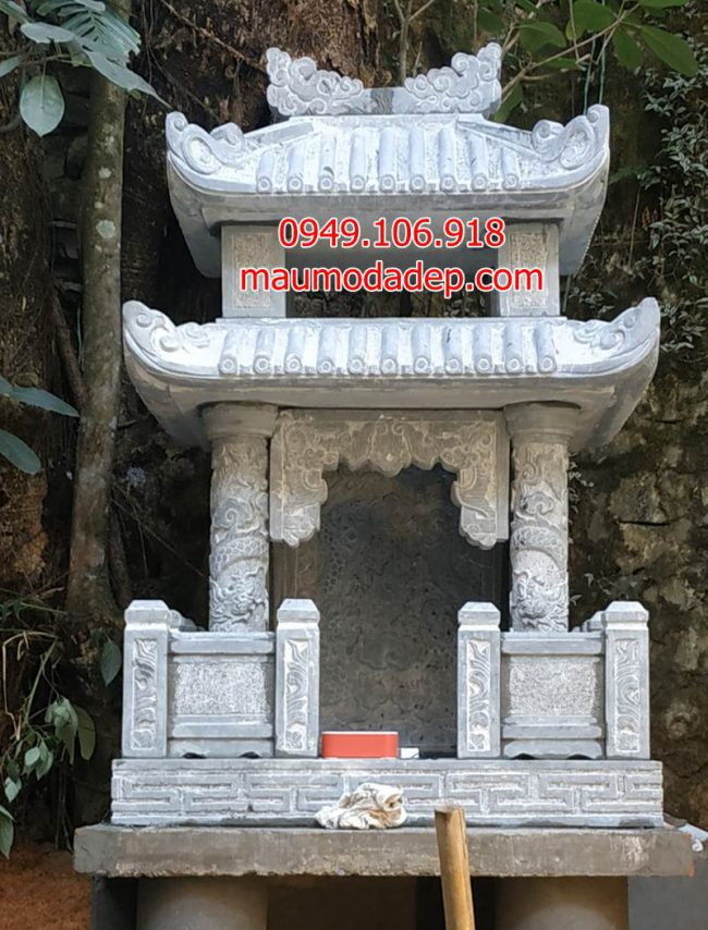 Miếu thờ thần cây bằng đá