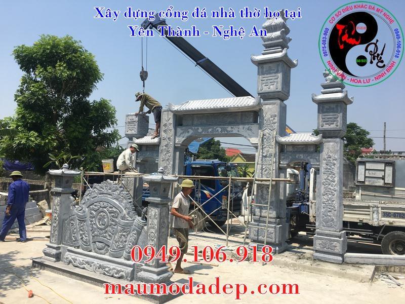 Lắp đặt cột cổng đá nhà thờ họ
