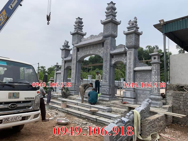 Xây cổng đá nhà thờ họ Phan